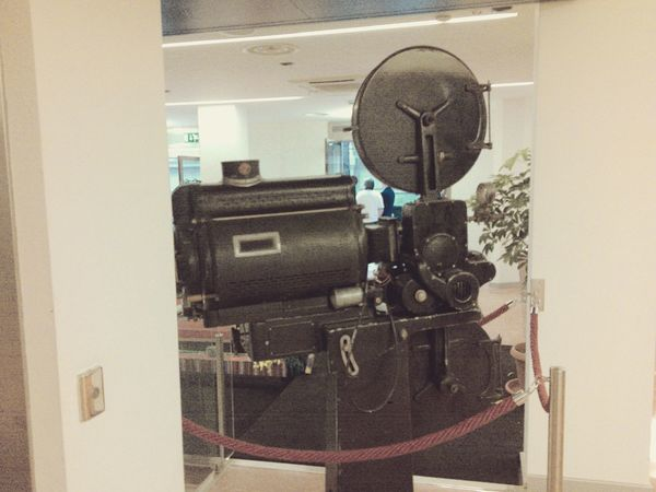 @matflo @matflo Photography Art Gallery Art, Drawing, Creativity Artistic Arts Culture And Entertainment ArtWork Camera Display Edited By @wolfzuachis Gallery Matflo Movie Camera No People Old Filmcamera Uploaded By @wolfzuachis Vintage