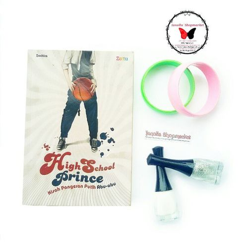 *Preloved Book * VERY RECOMMENDED ? … Judul ⇨ Novel: High School Prince ❤ Pengarang ⇨ Zachira Penerbit ⇨ Zettu Halaman/Panjang ⇨ 196 Hlm / 19 cm … … ⇨Dibaca 1x aja ⇨Ada sedikit defect *pm untuk detail ⇨No Pricetag ⇨Dijual karena pengen ngurangin isi meja *hehe ⇨Price: Idr. 35.000,- Nett … ⊙ minat? add PIN : 7d317d9c .. ⊙ Harga belum termasuk Ongkir. ⊙ FOR SERIOUS BUYER ONLY !! ⊙ Transfer via : - BCA : a.n Olla - MANDIRI : a.n Olla … Happy shopping I`shop~ <3 … Preloved Prelovebook Bukubekas Novelbekas novelpreloved recommendednovel recommendedbook seriousbuyer seriousbuyeronly ollamossabil reviewbyolla ianollashopmarket prelovedtas tasbekas prelovedshoes sepatubekas sendalbekas bajubekas celanabekas tasbekas tasmurah bukumurah novelmurah murah lowprice http://molo.me/ollamossabil molome molome