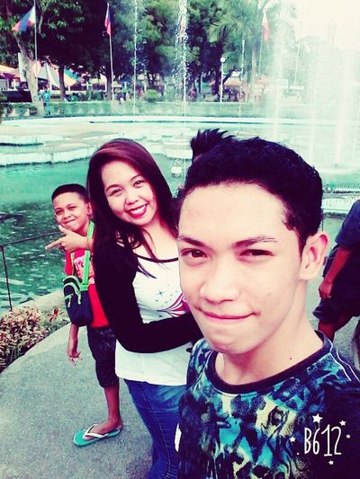 Self Portrait Around The World Takurong City Municipal Hall Water Fountain Groupselfie