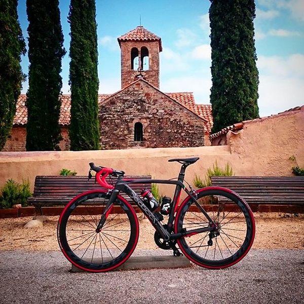 En Sant Sebastià de Montmajor! Precioso! Stravaphoto Strava Ciclismo Garmin Farell Ciling Stradadedacciai Road