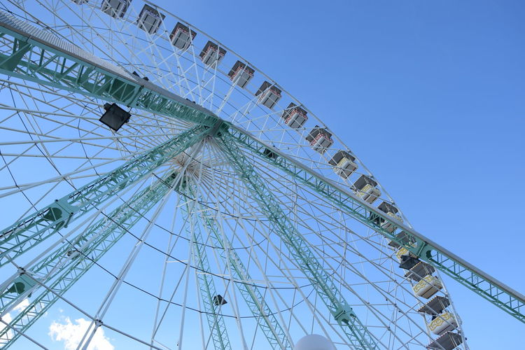 Avignon Beautiful EyeEm Best Shots Fun Amusement Park Amusement Park Ride Architecture Arts Culture And Entertainment Big Wheel Blue Blue Sky Built Structure Clear Sky Day Eye4photography  Ferris Wheel Low Angle View No People Outdoors Sky Happiness Joy