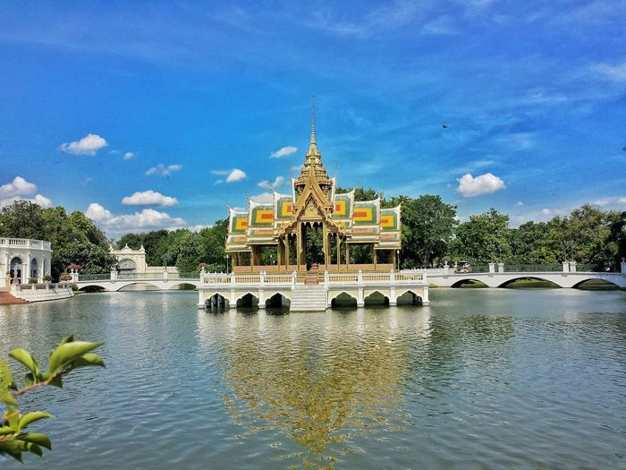 The Divine Seat of Personal Freedom || Travelling Traveling Travels Travel Summer Pavillion Palace Touring Prathetthai Summer Palace
