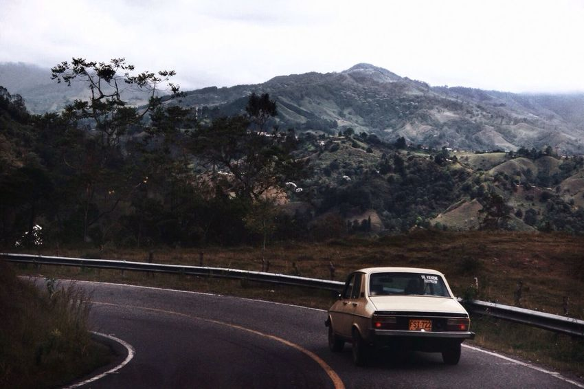 Throw out the map. Colombia Roadtrip The EyeEm Facebook Cover Challenge Cars Traveling