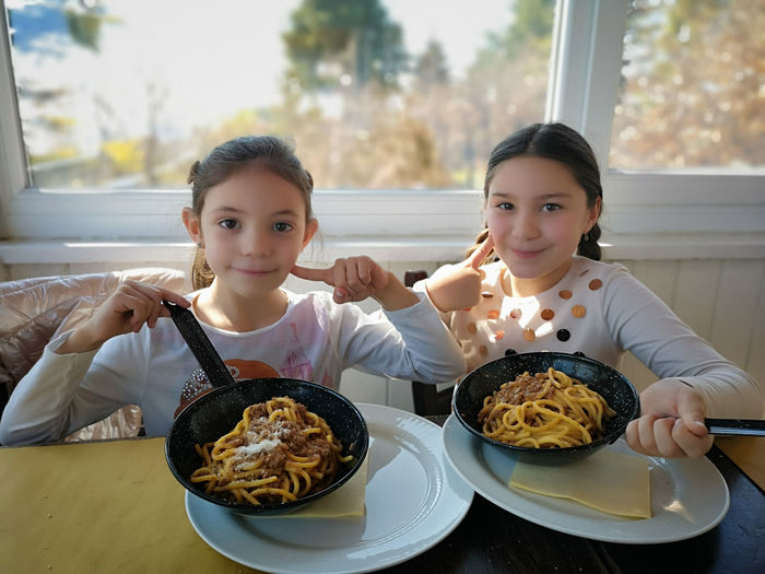 Authentic Background Beef Bolognese Bucatini Closeup Cooking Cuisine Dish Food Gourmet Healthy Homemade Hungry Italian Italy Little Girl Meal Meat Mediterranean  Noodles Nutrition Pan Pasta Ragout Ragu Restaurant Sauce Sausage Spaghetti Tomato Traditional