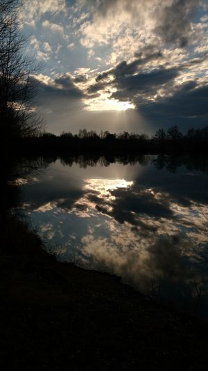 Reflection Water Nature Sunset Sky Cloud - Sky Lake Outdoors Reflection Lake Day Beauty In Nature Vacations Naturephotography Taking Photos Walking Around Escaping Reflections ☀ Reflets Sky_collection Sky And Clouds Reflections Reflecting
