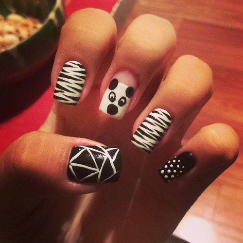Nails Blackandwhite Zebraprint Randomlines panda yay lovethem 100happydays day25