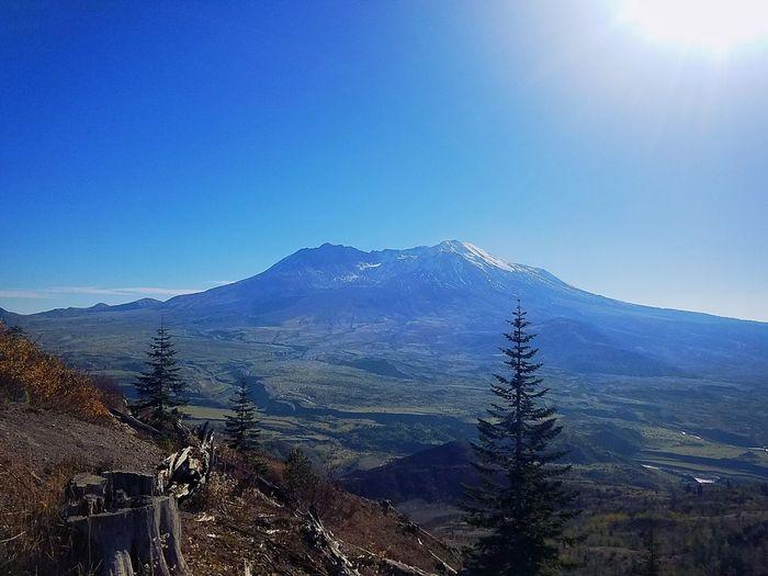 Mt. St. Helens  Explore Washington Mountain Outdoors Nature Scenics Glorious Northwest Do You Travel The Great Northwest Volcano