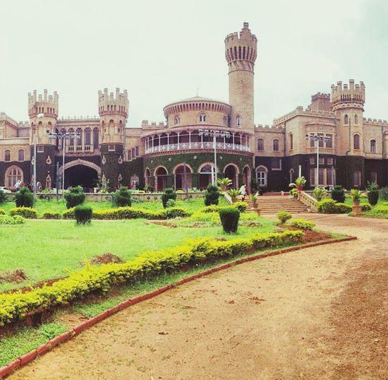 Bangalore palace!! Bangalorepalace Historical Monuments Monuments Palaces Kingsandqueens