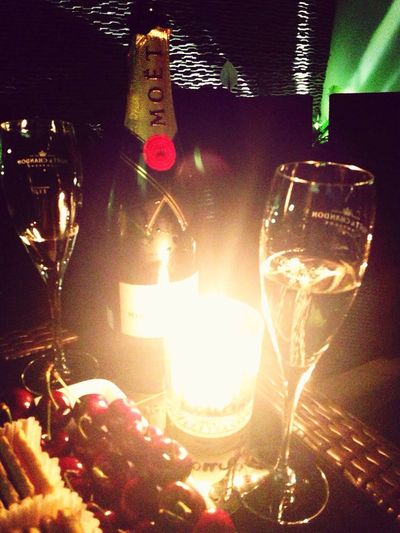 Hanging Out Drinks Champagne Moet & Chandon