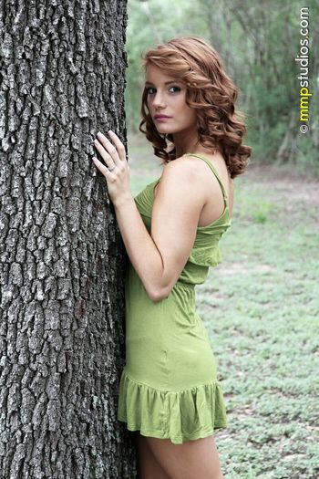 @mmpstudios_com @melvinmaya Photography Photoshoot Model Redhead Dress Outdoors Texas Gaze People Followme