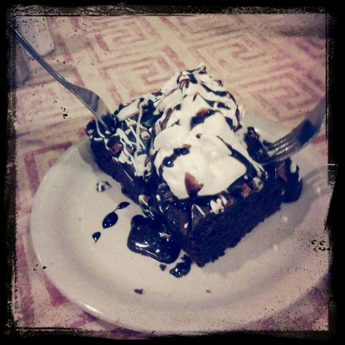 Eatdessertfirst Extrahotfudge Whipcream Brownie this needs to get in my belly! First Eyeem Photo