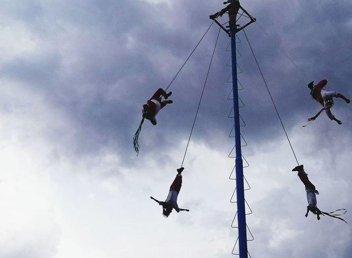 Voladores De Papantla Voladores  Mexico Tradition Tradiciones Tradicionesmx Mx  People Danza