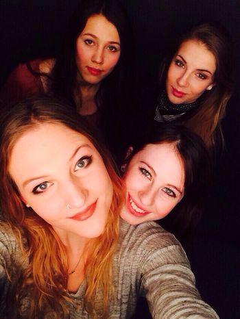Schoolday? Friends Love My Friends ❤ Smile Beauty Girls Stuttgart Germany