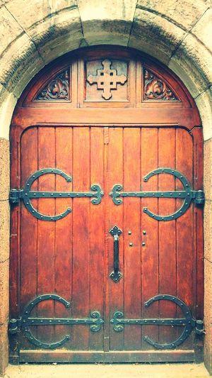 Средневековье красотарядом простые вещи Старина петербург двери дверь