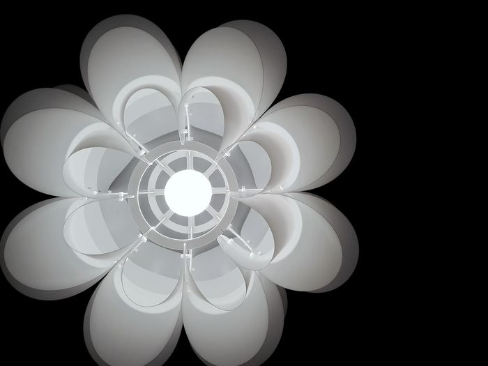 Pattern Abstract Illuminated Lamp Design Blackandwhite Like A Flower Structure No Colors Vintage Light And Shadow No Edit/no Filter New Perspective Black&white Eyeem Collection Eyeemphotography Eyeem Market B&W_collection Deutschland EyeEm Gallery Indoors  Huaweiphotography No Filter, No Edit, Just Photography Lieblingsteil Minimalist Architecture The Architect - 2017 EyeEm Awards BYOPaper!