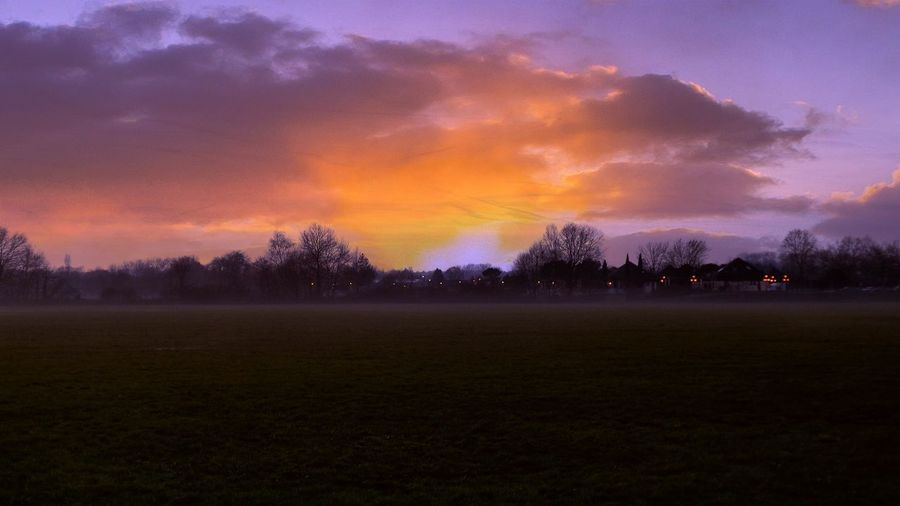 Nature Photography Natural Beauty Light And Shadow Clouds Sunset And Clouds  Sunset Silhouettes Showcase : December Sunset Sunsetlover Foggy Night Christmas atmosphere