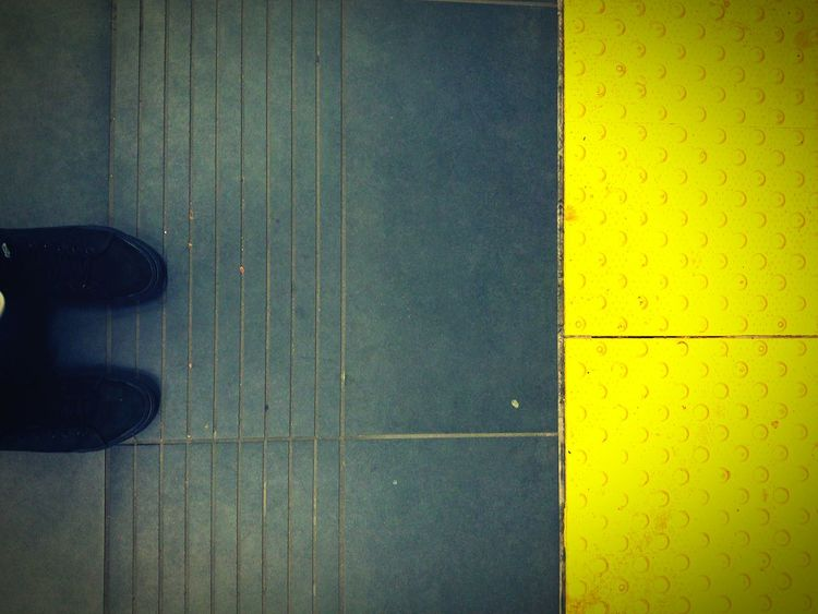 Rosemont STM Beaubien Montréal Subway Feet Low Angle View Low Section Vans Shoes Urbanlife Urbanliving Urban Photography Yellow