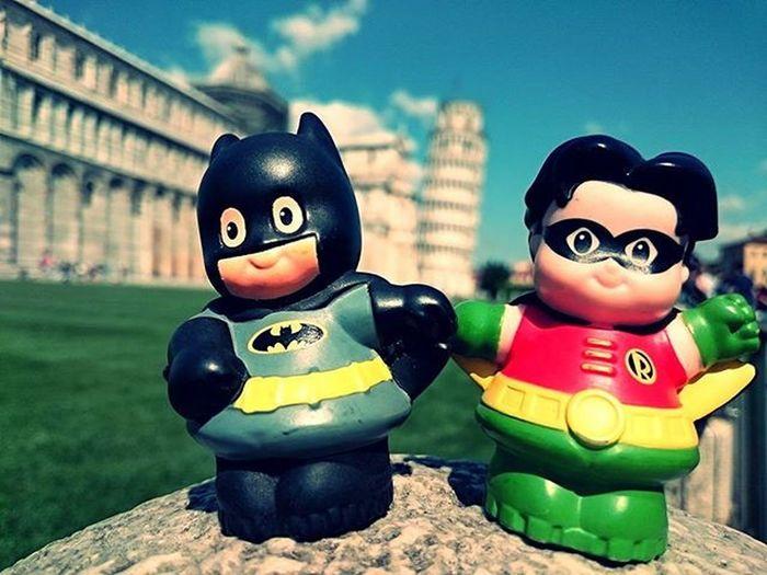 Pisa... schiefer Turm halt 😂 Batmanundrobin haben ihn gerichtet Pisa Nochmalnicht 😂 Zuvielemenschendieeincoolesbildmachenwollenaberkeinerhatbatmanundrobin POTD