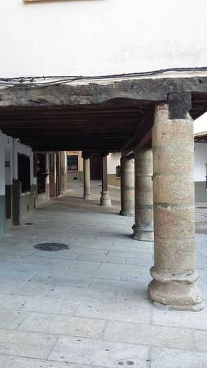 Place of country Architecture Built Structure Architectural Column Outdoors