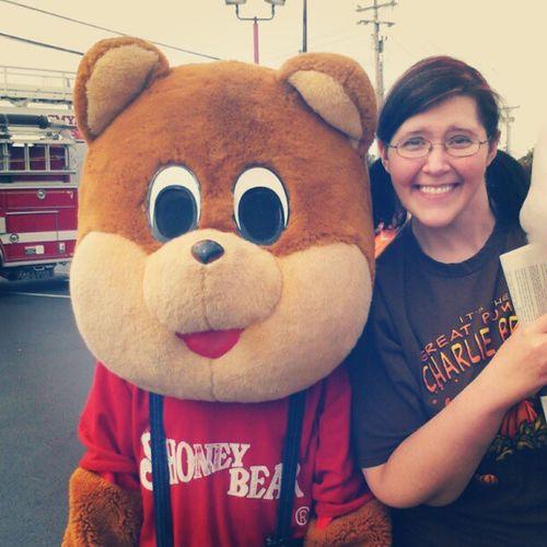 I'm taller than the average Shoneys bear! Shoneys