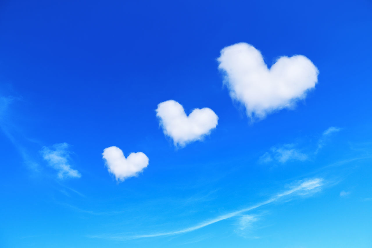cloud - sky, sky, blue, beauty in nature, low angle view, tranquility, no people, tranquil scene, white color, nature, day, love, scenics - nature, heart shape, positive emotion, backgrounds, idyllic, outdoors, full frame, emotion, softness, meteorology