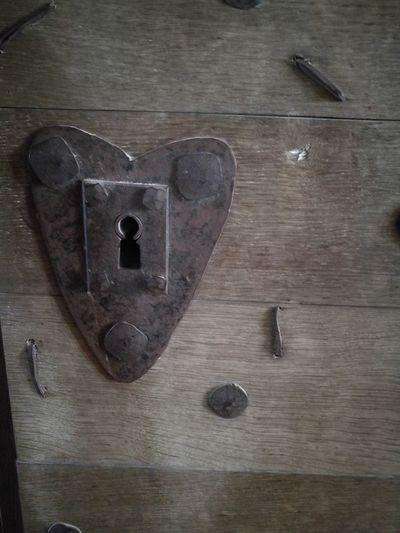 Lock Architecture Built_Structure Wood Grain Wooden Texture Wooden Door Castle Beynac France Heartshape Iron Iron Work Middelages