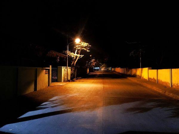 Night Illuminated The Way Forward No People Road Outdoors Street Light