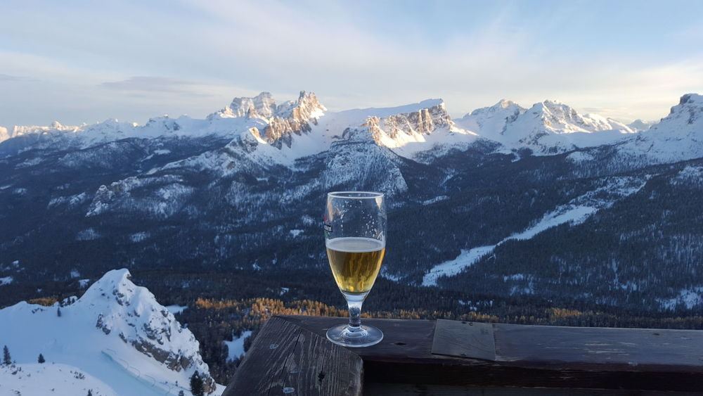 apres ski Relaxing Rock Formation Mountain Landscape Geology skiing Blue Sky And Clouds heineken beer Apres Ski Heineken Beer Showcase April Refuge Skiing Skiing In The Dolomites