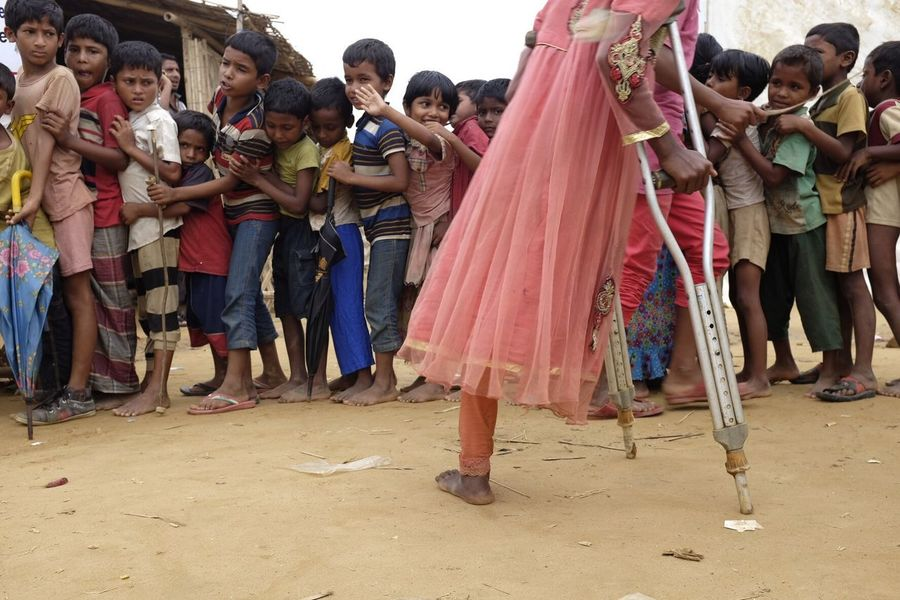 Photojournalist Photojournalism Refugees EyeEmbestshots The Week On EyeEm EyeEm Best Edits Rohingya Refugees Waiting ASIA EyeEmNewHere TheWeekOnEyeEM Photooftheday Childhood Children Documentary Photography TheWeekoneyem World Refugeecamp Rohingya Second Acts Rethink Things Perspectives On Nature Be. Ready.