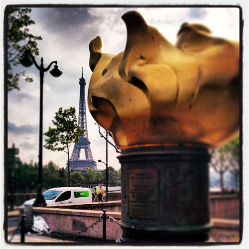 Discover Your City Paris Street Art Hello World