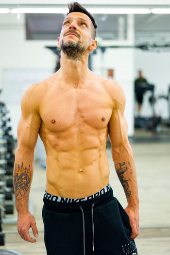 Great Form Body & Fitness Athlete Body Curves  Fitness Training Fitnesslifestyle  Fitnessmodel Handsome Healthy Lifestyle Masculinity Muscular Build One Man Only Portrait Shirtless Tattoo
