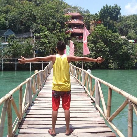 This resort's one of it's kind - they have connected two other islands with foot bridges. MySignaturePose Wowphilippines Negros Sipalay summer tinagongdagat kristv