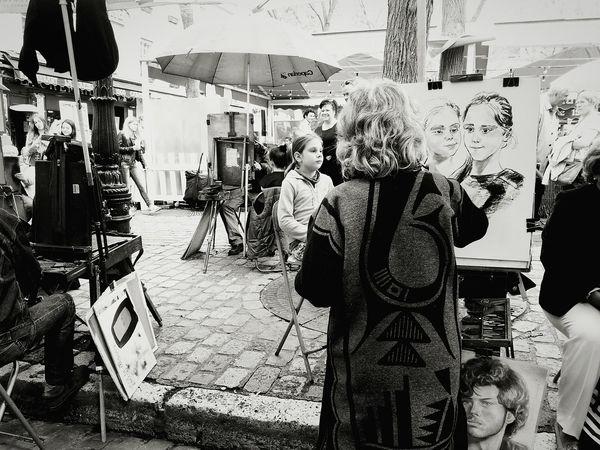The Tourist Parigi Paris, France  Paris Je T Aime Paris ❤ Artist Ritratto, Portrait Mon Matre Place Du Tertre Showcase: February The Street Photographer - 2017 EyeEm Awards