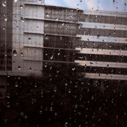 Waterdrops Monsoon Beautiful Weather Dark 90 's Blackandwhite Cognizant Pune India Dark Beautiful Nature