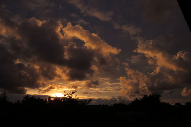 Sonnenuntergang Beauty In Nature Cloud - Sky Dramatic Sky Nature No People Orange Color Outdoors Sky Sun Sunset View Out Of The Window