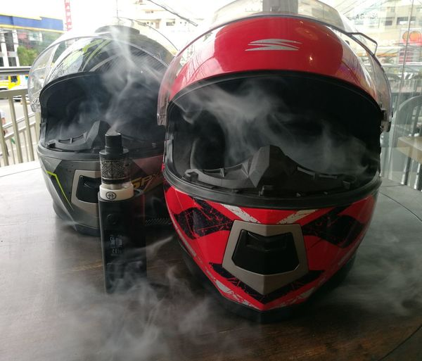Hot headed riders. 🏍🏍🔥🔥 SpyderHelmet Spyder Huaweiphotography PhonePhotography Noedit Nofilter Raw Photography HuaweiP9 SuroyTimoy Mobilephotography P9leica City Life In The City Geekvape VapeLife Vapeporn Vapelove Cloud Chucking Cebu City Bike Lover Bikers Urban Scene Motorcycle