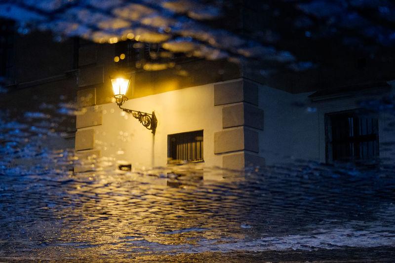 Street lamp City City Lamps Illuminated Lantern Light Reflection Night Night Lamp Night Lights Night Photography Night Reflexion Nightshot No People Reflection Reflections Reflections In The Water Urban Water