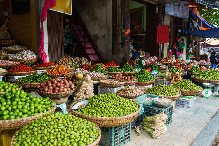 Market in Hanoi,Vietnam Abundance Arrangement Basket Choice Collection Day Food Food And Drink For Sale Freshness Fruit Hanoi Healthy Eating High Angle View Large Group Of Objects Market Market Stall Multi Colored No People Outdoors Price Tag Retail  Small Business Variation Vegetable