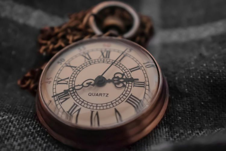 pocket watch old fashioned Malephotographerofthemonth Selective Colour Macro Photography Time Piece Clock Face Minute Hand Clock Roman Numeral Time Hour Hand Pocket Watch Watch Old-fashioned Antique Instrument Of Time Timer Instrument Of Measurement