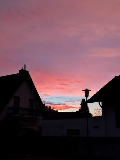 Sunset Sunrise Sky Building Exterior No People Silhouette House Beauty In Nature Cloud - Sky Pink Color