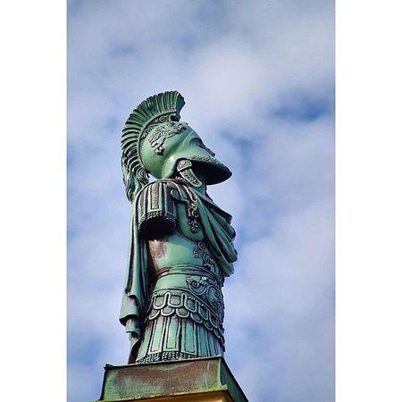 Beautiful Architecture and Design . Statue at entrance of the Hofgarten garden. münchen Munich bayarn Deutschland Germany. Taken by my SonyAlpha dslr A57 ساحة تصميم معمار تماثيل حديقة بافاريا ميونخ المانيا