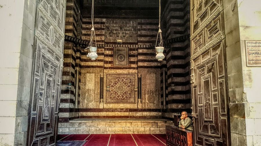 Entrance of Sultan Hassan Mosque Sultanhasanuddin Mosque Madrasah Mamluk Old Cairo Historical Building Architecture Islamic Architecture Egypt Check This Out