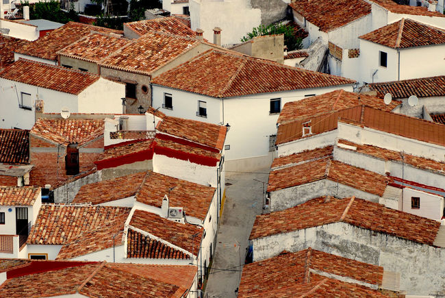 Apartment Architecture Brick Building Building Exterior Built Structure City Community Day Full Frame High Angle View House Nature No People Outdoors Pueblos De España Residential District Roof Roof Tile Town TOWNSCAPE White Vilage