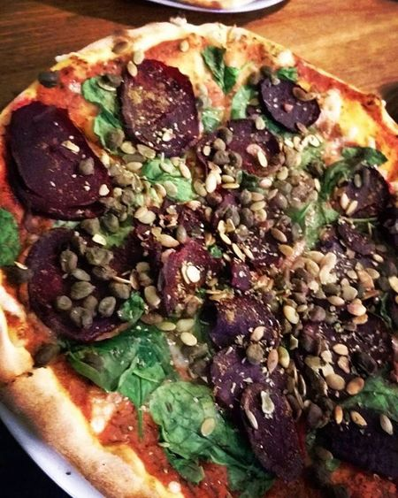 Pizza Veganpizza Vegan Veganism Vege Vegetables Food Foodporn Turbofood Healthy Fit Fitandvegan Friend Forevertogether Friendship Saturdaylunch Yolo