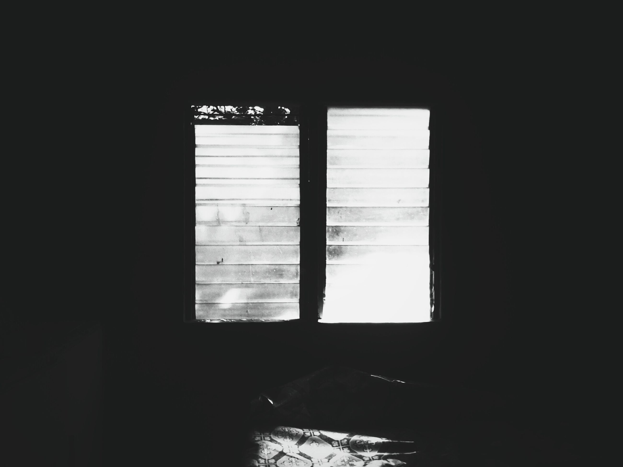 window, indoors, glass - material, transparent, dark, copy space, reflection, closed, open, glass, looking through window, no people, built structure, home interior, curtain, close-up, architecture, sunlight, house, day