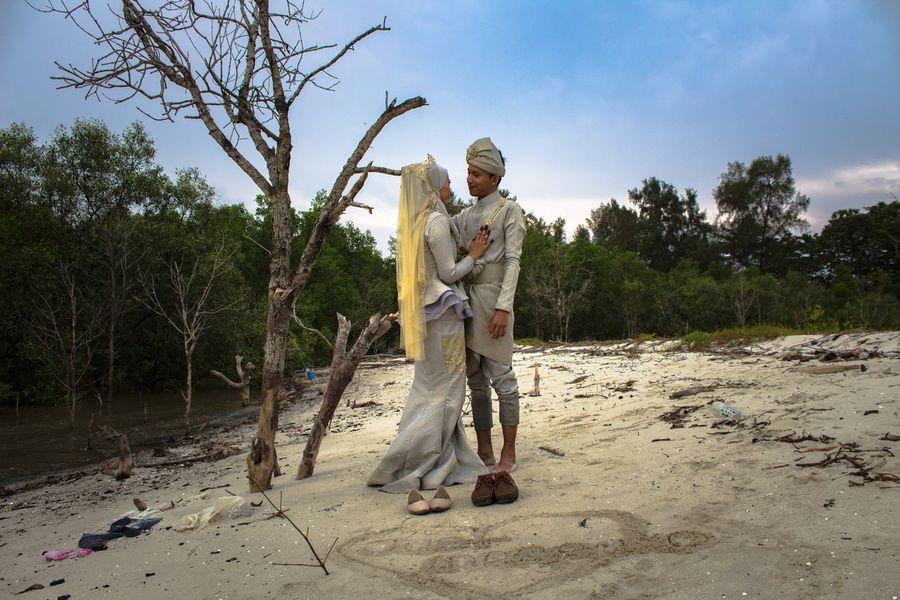 MALAY WEDDING - OUTDOOR SESSION Beach Malaywedding Senior Adult Tree Senior Men Full Length Sky Outdoors Day
