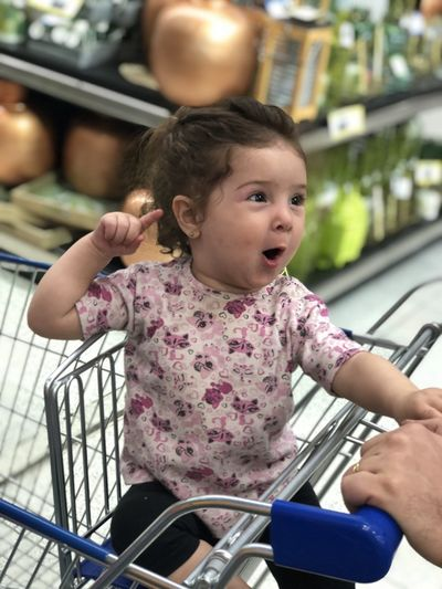 Beba Real People Childhood Child Cute Lifestyles Females One Person