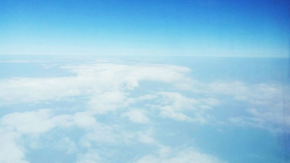 Pic Clouds And Sky Cloud Planespotting Planes In The Sky Planeview Blue Sky Bluesky 🌈🌈🌈 Taking Photos Enjoying Life Wonderful The Week Of Eyeem Things I See Hi! Boarden Extend Endless Catch The Moment EyeEm Best Shots Afternoon Sky Comebackhome Happy :) Half And Half Half&half Shot