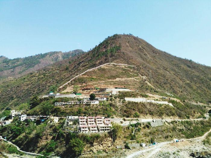 mountens TOWNSCAPE Town On The Hill Clear Sky Landscape Mountain Range Mountain Peak