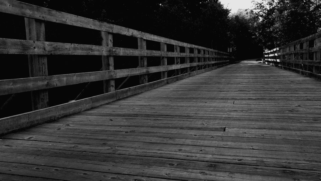 Mont Tremblant Mont Tremblant, Qc Bridge Bike Bike Path Wood Wood Bridge Decentralize Black And White Monochrome Straight Geometry Man Made Structure Monochrome Photography